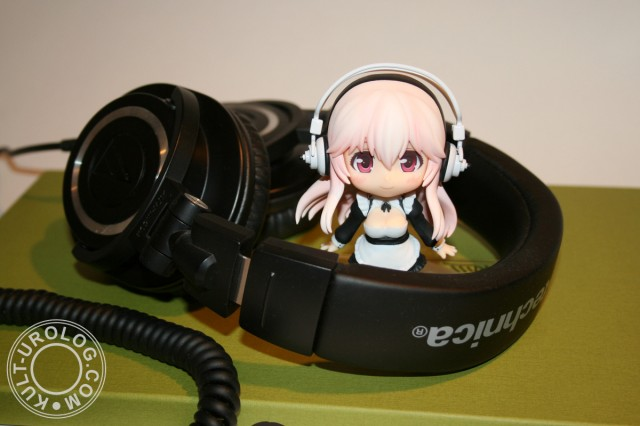 audio_technica_headphones_ath_m50x_nendoroid_super_sonico_soniani